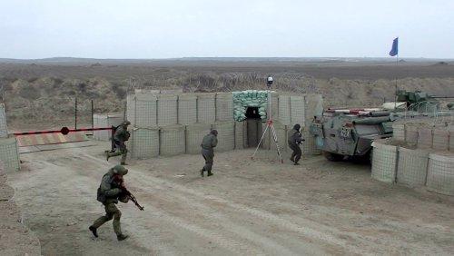 VIDEO: Russian Peacekeeping Troops On Nagorno-Karabakh Border Alert - Zenger News