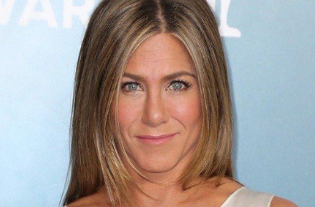 Inside Jennifer Aniston's Staggering California Home - cover
