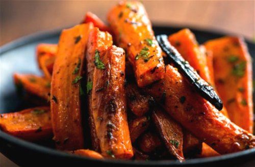 You're Not Roasting Carrots Right Until You Do This