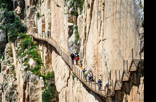 Most Dangerous Hikes Around The World