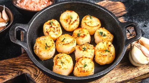 The Biggest Mistakes Everyone Makes When Cooking Scallops