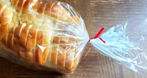 Your Bread Bag's Twist Tie Color Has a Hidden Meaning