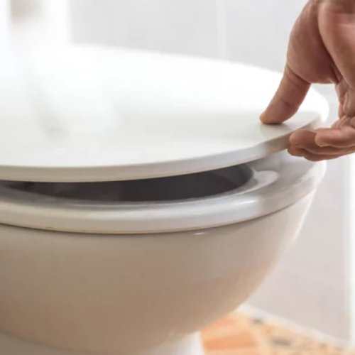 The Dirtiest Thing In Your Bathroom Isn't What You Think