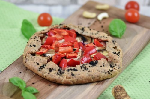 Knusprige Galette mit Paprika und Pilzen – Rezept vegan