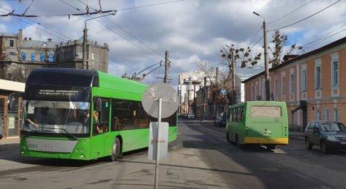 Харьковских маршрутчиков обложили штрафами в 17 тысяч