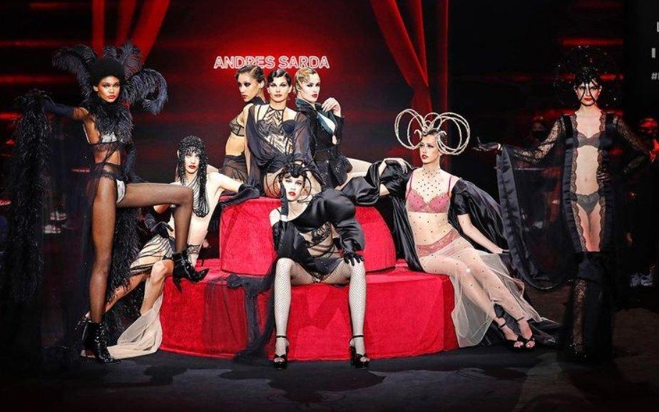 Los mejores fashion films 2021: Whos is she, de Andrés Sardá